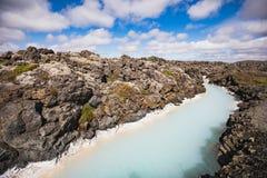 Paisagem colorida da água na lagoa azul famosa imagens de stock royalty free