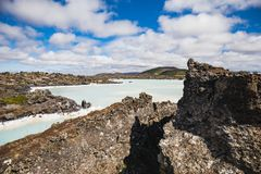Paisagem colorida da água na lagoa azul famosa foto de stock royalty free