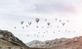Paisagem colorida da montanha do verão Fotos de Stock