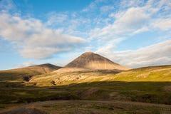 Paisagem com as montanhas no por do sol, Islândia Fotografia de Stock Royalty Free