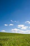 Paisagem com céu azul Foto de Stock Royalty Free