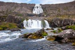 Paisagem com cachoeira Dynjandi da cascata, Islândia Imagem de Stock