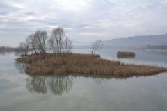 Paisagem com lago 1 Foto de Stock
