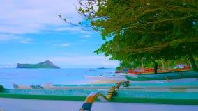 Paisagem com lago e árvores || barco na praia 2019 fotos de stock royalty free