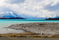 Paisagem com lago e montanhas Imagem de Stock