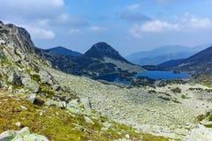 Paisagem com lago Sinanitsa, montanha de Pirin Foto de Stock