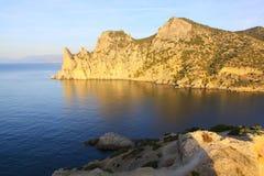 Paisagem com mar e montanhas Foto de Stock Royalty Free