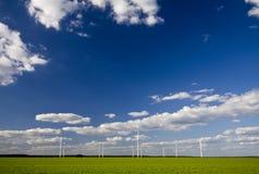 Paisagem com moinhos de vento Fotografia de Stock