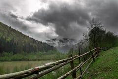 Paisagem com montanhas Imagens de Stock