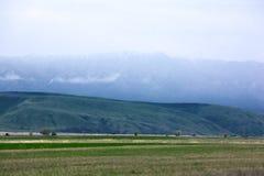 Paisagem com montanhas, Cazaquistão Fotos de Stock Royalty Free