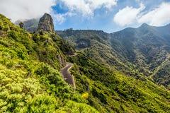 Paisagem com montanhas e estrada Fotos de Stock