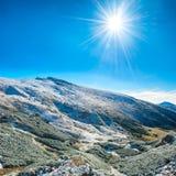 Paisagem com neve nas montanhas Foto de Stock Royalty Free
