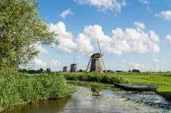 Paisagem com os moinhos de vento em Holland Fotografia de Stock