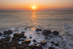 Paisagem com sol e praia Fotografia de Stock