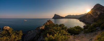 Paisagem Crimeia do mar da natureza da beleza Imagem de Stock