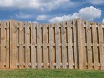 Paisagem da cerca e do céu Imagens de Stock