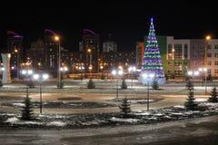 Paisagem da cidade do Natal da noite Fotos de Stock Royalty Free