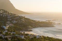 Paisagem da costa do por do sol fotos de stock royalty free