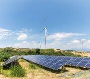 Paisagem da energia renovável Fotografia de Stock Royalty Free
