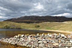 Paisagem da estrada do campo em Escócia Fotos de Stock Royalty Free