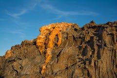 Paisagem da formação de rocha com o céu azul em Tampão de Creus Fotos de Stock Royalty Free