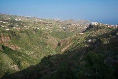 Paisagem da garganta de Gran Canaria na vila de Moya, Ilhas Canárias, Espanha fotos de stock royalty free