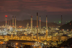 Paisagem da indústria da refinaria de petróleo Fotos de Stock Royalty Free
