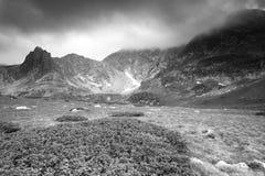 Paisagem da montanha alta Céu dramático Fotografia de Stock Royalty Free