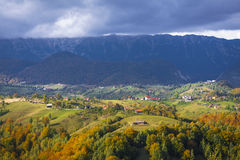 Paisagem da montanha - Autumn Foliage imagens de stock