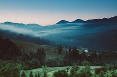 Paisagem da montanha Carpathian Fotos de Stock Royalty Free