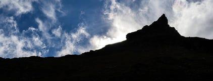 Paisagem da montanha com as nuvens nos Pyrenees, França, Imagens de Stock