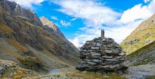 Paisagem da montanha com as nuvens nos Pyrenees, França, Foto de Stock Royalty Free