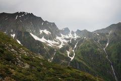 Paisagem da montanha da mola Fotografia de Stock
