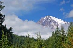 Paisagem da montanha de agosto Fotos de Stock Royalty Free