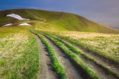 Paisagem da montanha de Gorgany Carpathian, Ucrânia fotografia de stock