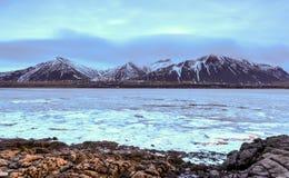Paisagem da montanha do inverno, Islândia Imagem de Stock