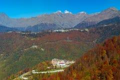 Paisagem da montanha do outono, Krasnaya Polyana, Sochi Imagem de Stock Royalty Free