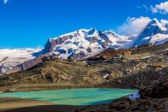Paisagem da montanha dos cumes no suíço Imagem de Stock Royalty Free