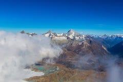 Paisagem da montanha dos cumes no suíço Imagens de Stock