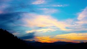 Paisagem da montanha. 4K. HD COMPLETO, 4096x2304. vídeos de arquivo