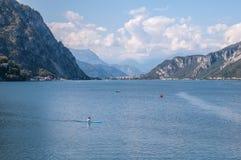 Paisagem da montanha no lago Lecco Fotos de Stock Royalty Free