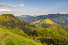 Paisagem da montanha nos cumes de Kamnik-Savinja Fotografia de Stock Royalty Free