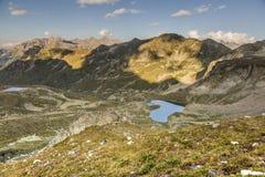 Paisagem da montanha Passe Uchkulan Lago highland Fotografia de Stock Royalty Free