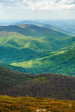 Paisagem da montanha Picos de montanha pontos claros Montanhas Carpathian, Ucrânia Imagens de Stock Royalty Free