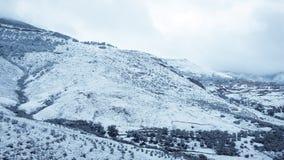 Paisagem da neve da montanha fotos de stock royalty free