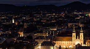 Paisagem da noite de Graz em agosto imagens de stock