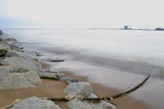 Paisagem da praia da área do pahang de kuala fotografia de stock