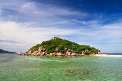 Paisagem da praia tropical do console com SK perfeita Foto de Stock Royalty Free