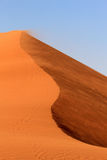 Paisagem das dunas de areia de Sossusvlei no deserto de Nanib Imagem de Stock Royalty Free