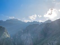 Paisagem das montanhas de Andes no nascer do sol foto de stock royalty free
